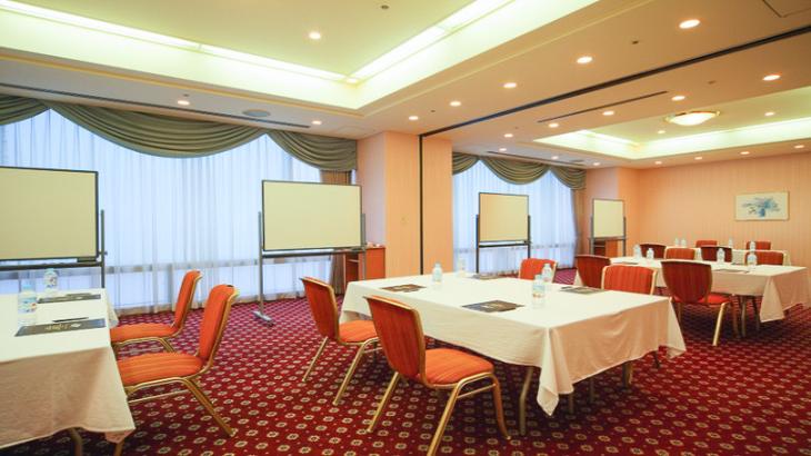 プリンスホテル、法人向け宴会場オンライン予約サービスを導入